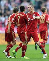 FUSSBALL   1. BUNDESLIGA  SAISON 2011/2012   11. Spieltag FC Bayern Muenchen - FC Nuernberg        29.10.2011 JUBEL nach dem TOR, Franck Ribery , Bastian Schweinsteiger (v. li., FC Bayern Muenchen)