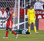 TFC-v-Santos-Mar-28-12-Man-Down
