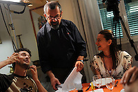 Casa COOP.Dietro le quinte.Backstage.2°serie.Lavoratori dello spettacolo durante la riprese di Casa Coop.Workers in the entertainment during the filming of House Coop.Francesco Falaschi. Regista.Director.