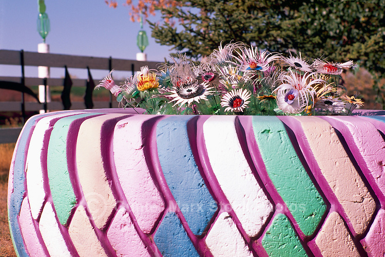 Tire flowers - Painted tires for flowers ...