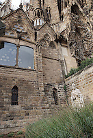 The cloister; Hope Hallway, Nativity façade, La Sagrada Familia, Roman Catholic basilica, Barcelona, Catalonia, Spain, built by Antoni Gaudí (Reus 1852 ? Barcelona 1926) from 1883 to his death. Still incomplete. Picture by Manuel Cohen