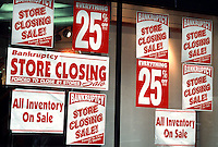 Store going out of business. (© Frances M. Roberts) 280 NINTH AVE., NEW YORK, NY 10001; 212 989 1894