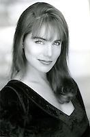 Laura Mornin Headshot