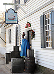 "Colonial Williamsburg Virginia is historic district 1699 to 1780 which made colonial Virgnia's Capital, for most of the 18th century Williamsburg was the center of government education and culture in Colony of Virginia, George Washington, Thomas Jefferson, Patrick Henry, James Monroe, James Madison, George Wythe, Peyton Randolph, and others molded democracy in the Commonwealth of Virginia and the United States, Motto of Colonial Williamsburg is ""The furture may learn from the past,"" Colonial Williamsburg Virginia,Colonial Williamsburg Virginia, American Revolution Virginia Colony, James River, York River, Middle Plantation, Jamestown, Yorktown, 1607, Native American, Powhatan Confederacy, House of Burgesses, William and Mary,"