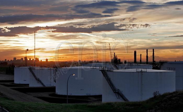 Shell Canada Product's Sherwood Terminal fuel storage facility near Edmonton, on Saturday September 3, 2005. John Ulan