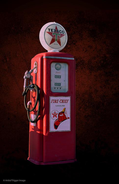 Vintage Texaco petrol pump