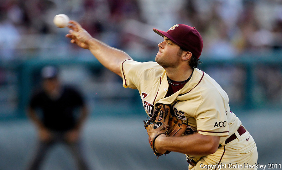 TALLAHASSEE, FL 10-FSU-TAMUBASE11 CH-Florida State's Scott Sitz throws against Texas A&M Sunday at Dick Howser Stadium during NCAA Super Regional action in Tallahassee. The Seminoles beat the Aggies 23-9 to stay alive in the best of three series...COLIN HACKLEY PHOTO