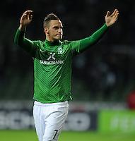FUSSBALL   1. BUNDESLIGA   SAISON 2011/2012    16. SPIELTAG SV Werder Bremen - VfL Wolfsburg          10.12.2011 Marko Arnautovic (SV Werder Bremen) winkt nach dem Abpfiff den Zuschauern