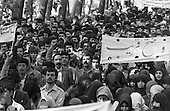 Iran - university, demonstration after the  liberation of political prisoners. 02/10/1978  Teharan - Iran   /// universite manifestation apres la liberation des prisonniers politiques  Teheran - Iran  /// IRAN24961 09
