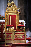 Papal Thrones; Trono Papale;Pope Benedict XVI celebrates the Pentecost Sunday mass on May 31, 2009 at St Peter's Basilica at the Vatican....