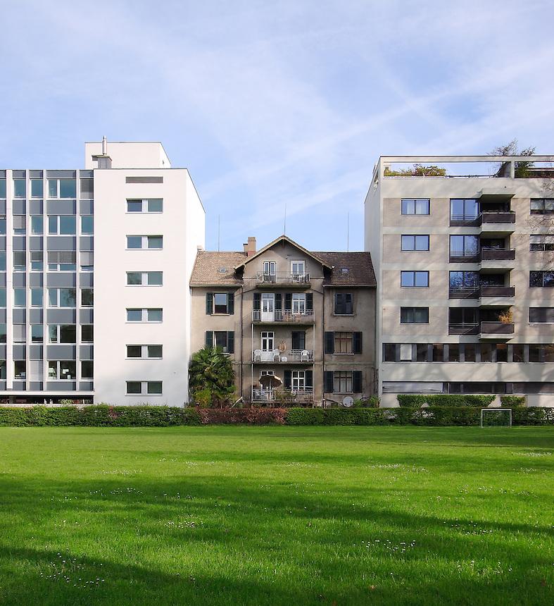 House in Tight Space in Zurich-Seefeld | Dominik Ogilvie Adjacent Buildings