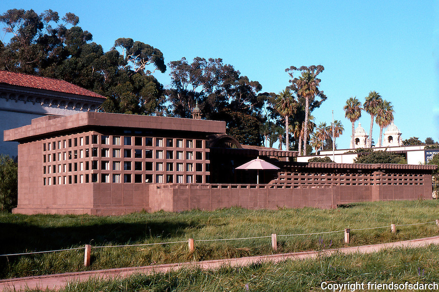 "F.L. Wright: Usonian House, ""In the Realm of Ideas"". Show of Wright's work, August 1990. Balboa Park.  Photo 2005."