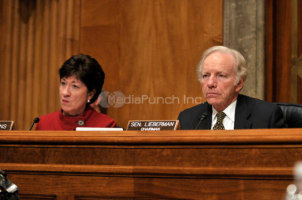 Washington, D.C. - January 14, 2009 -- United States Senator Joseph I. Lieberman (Independent Democrat of Connecticut), Chairman, United States Senate Committee on Homeland Security and Governmental Affairs, and U.S. Senator Susan Collins (Republican of Maine), Ranking Member, listen as Peter Orszag answers questions on his nomination as Director of the Office of Management and Budget (OMB) in Washington, D.C. on Wednesday, January 14, 2009..Credit: Ron Sachs / CNP/MediaPunch