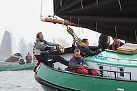 SKUTSJESILEN: LANGWEER: Langwarder Wielen, 13-04-2013, Skûtsjesilen Langwar, Henk Regts (schipper Ut en Thús | Nijbeets), ©foto Martin de Jong