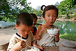 Asie, Chine, Guangxi, Rivi&egrave;re Li, Yangshuo..Photo : Vibert / Actionreporter.com - 33.1.42.52.73.86 - vibert@actionreporter.com