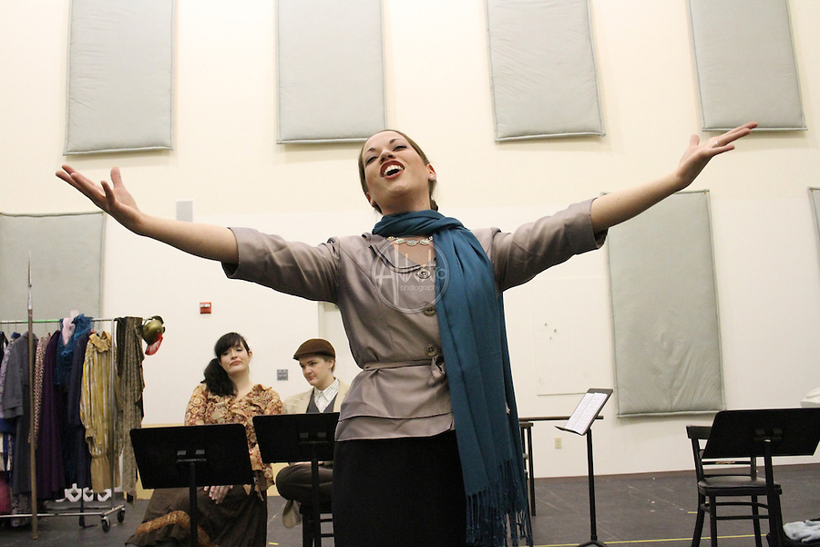 Seattle Opera Young Artists Program: Viva La Mama