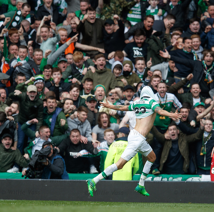Mikael Lustig scores the fifth goal and celebrates