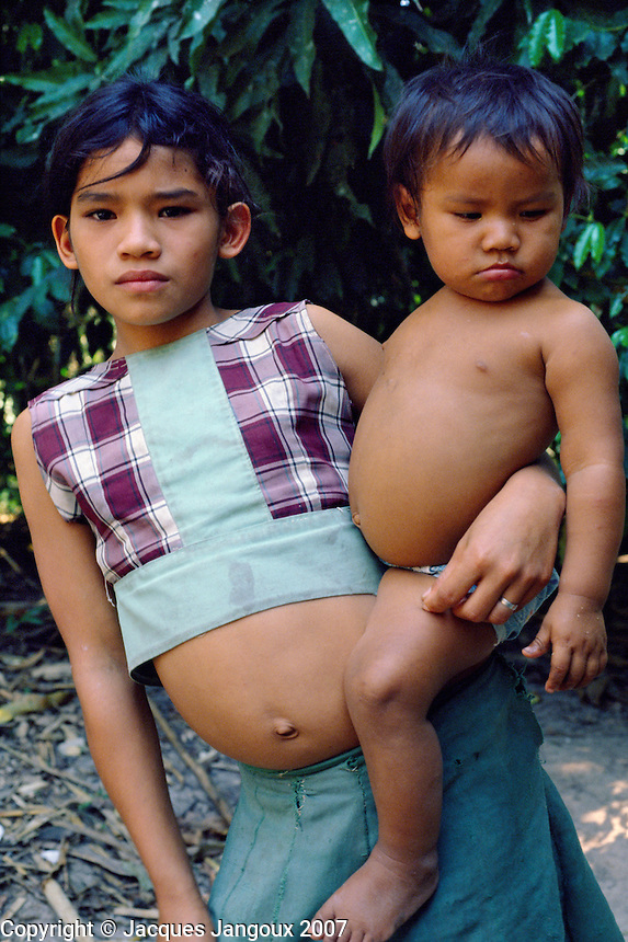 indians brazil baby pictures