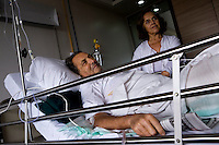 Spanish nationals Raffael Codes (left) and his wife Maria Trossa recovering in Bombay Hospital. They were rescued from the Taj Mahal Palace Hotel after multiple terrorist attacks were launched in Mumbai on 26/11/2008..