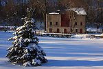 D12096768_Barn_Spruce_Winter_PA<br />