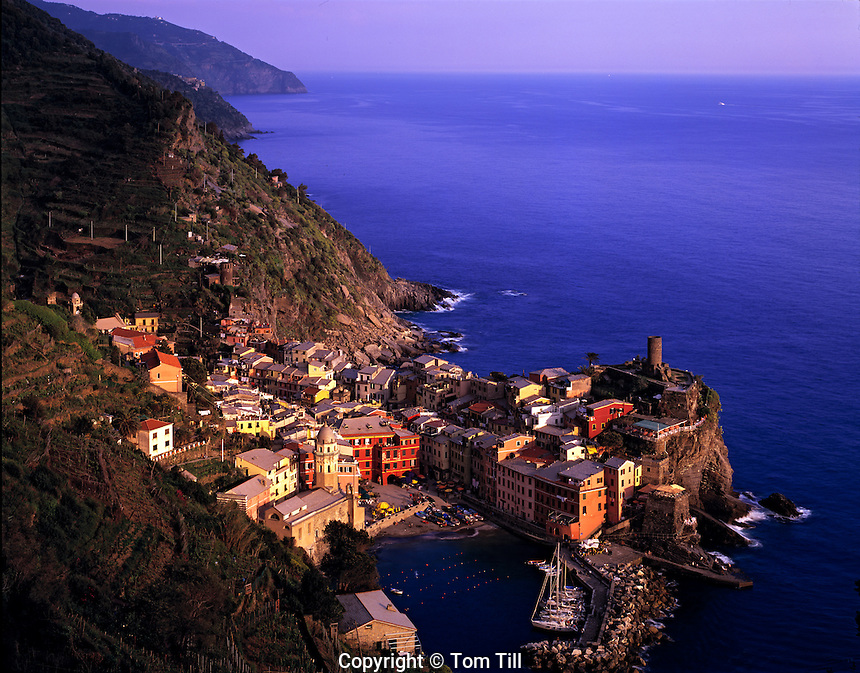 Cliffside town of Vernazza, Cinque Terre National Park, Italy