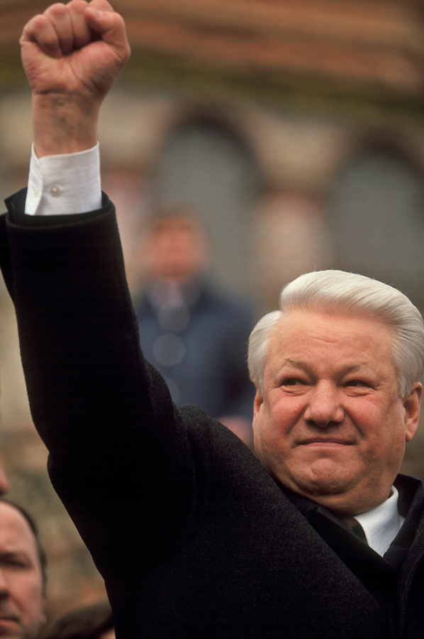 Moscow, Russia, 28/03/93..President Boris Yeltsin addresses pro-democracy demonstrators who have marched to the Kremlin in support of his struggle with the Communist dominated Russian Parliament.