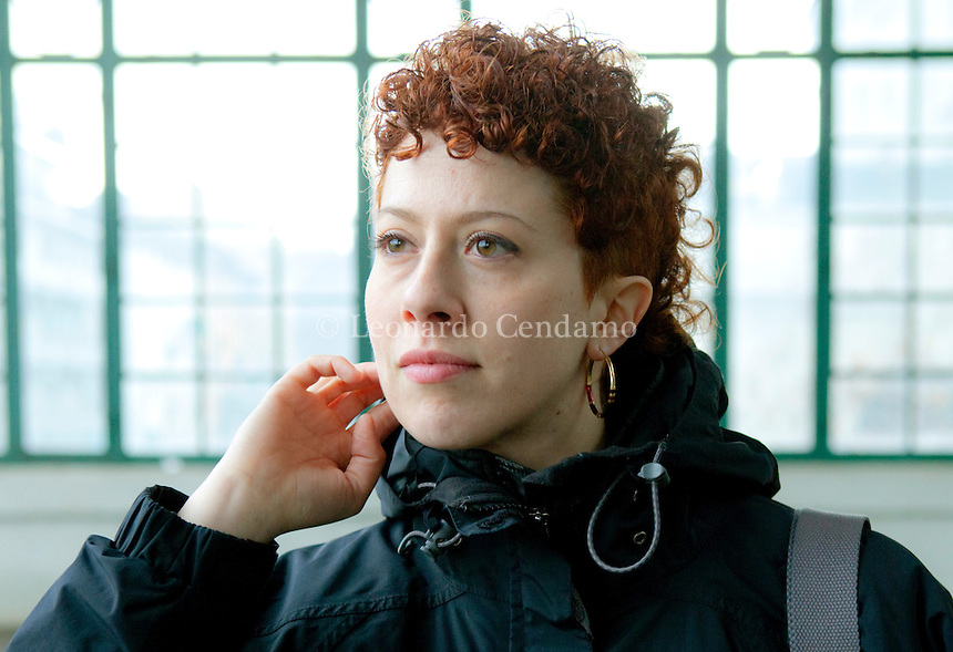 """Lorenza Ghinelli, italian novelist, author of """" Il divoratore """", a thriller book that will be distributed in january. At the last Frankfurt Book Fair, the rights of """" The devourer """" were sold in France, England, Spain, Germany, Holland, Brasil and Russia. Here she\'s pictured in Milan. 2011,  © Leonardo Cendamo"""