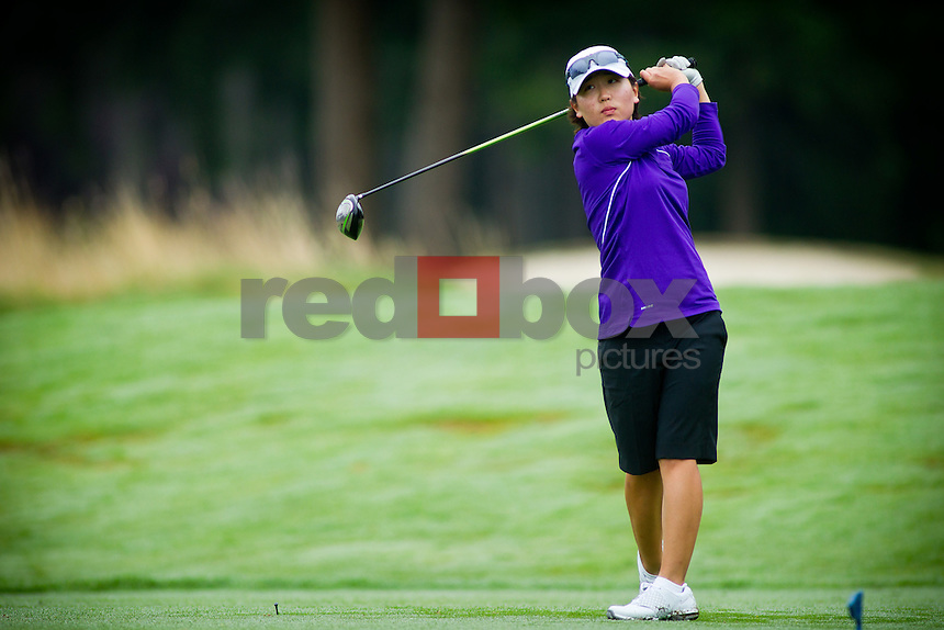 Jennifer Yang - UW women's golf. Photo by Rob Sumner / Red Box Pictures.