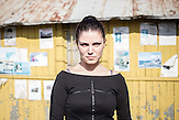 """Maria besitzt ein Restaurant-Café in Tschengene Skele (""""Zigeunerbucht""""). Der kleine Ort wurde im September 2014 überschwemmt, zwei Menschen starben und die Häuser standen unter Wasser."""