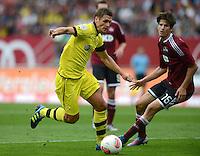 FUSSBALL   1. BUNDESLIGA  SAISON 2012/2013   2. Spieltag 1. FC Nuernberg - Borussia Dortmund       01.09.2012 Sebastian Kehl (li, Borussia Dortmund) gegen Timm Klose (1 FC Nuernberg)