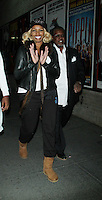 NOV 25 NeNe Leakes and Gregg Leakes Arriving for Opening Night of Cinderella