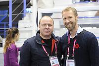 SCHAATSEN: CALGARY: Olympic Oval, 09-11-2013, Essent ISU World Cup, Sergey Tsybenko (KAZ), Jakko Jan Leeuwangh, ©foto Martin de Jong