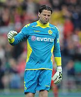 FUSSBALL      DFB POKAL FINALE       SAISON 2011/2012 Borussia Dortmund - FC Bayern Muenchen   12.05.2012 Torwart Roman Weidenfeller (Borussia Dortmund)