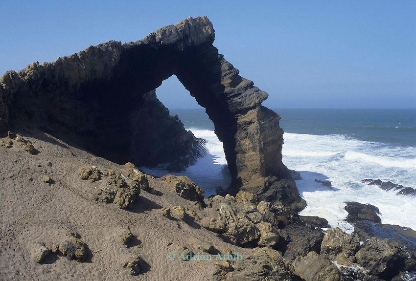 Bogenfels Arch, one of the worlds largest naturally occuring span arch off the coast of Namibia. Southern restricted Diamond region.