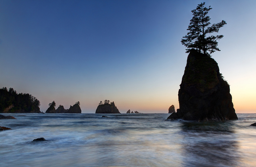 Sunset over ocean waves and sea stacks, Shi Shi Beach, Olympic National Park, Washington Coast, USA