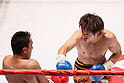 (L to R)  Hugo Cazares (Mex), Tomonobu Shimizu (JPN), AUGUST 31, 2011 - Boxing : Tomonobu Shimizu of Japan in action against Hugo Cazares of Mexico during the WBA Super fly weight title bout at Nippon Budokan, Tokyo, Japan. Tomonobu Shimizu of Japan ..won the fight on points after twelve rounds. (Photo by Yusuke Nakanishi/AFLO SPORT) [1090]