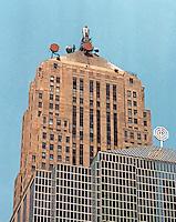 Helmut Jahn: Chicago Board of Trade Additon.  Photo '88.