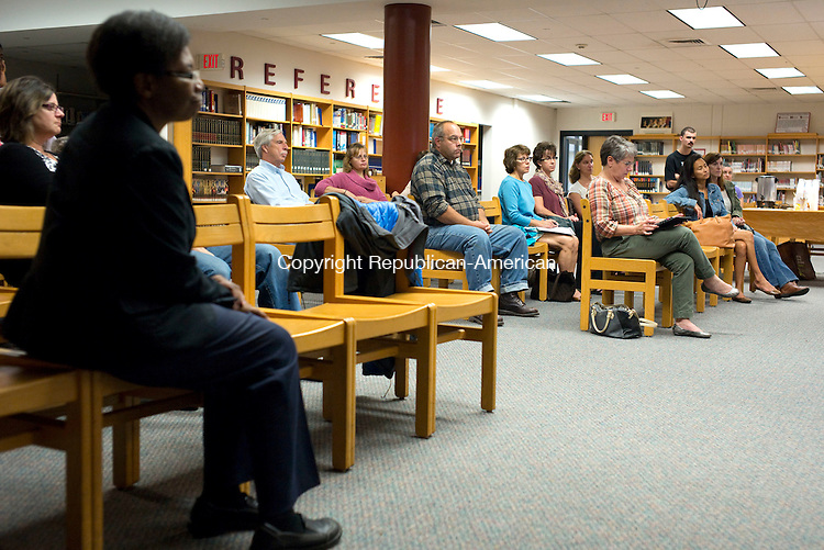 Torrington, CT- 30 September 2015-093015CM16-  Audience members listen in during a forum at the Torrington High School library on Wednesday.  The Torrington High School Parent Teacher Organization held a forum for the group Board of Education candidates.    Christopher Massa Republican-American