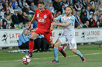 Melbourne, 28 October 2016 - SERGI GUARDIOLA (9) of Adelaide runs with the ball in the round 4 match of the A-League between Melbourne City and Adelaide United at AAMI Park, Melbourne, Australia. Melbourne won 2-1 (Photo Sydney Low / sydlow.com)