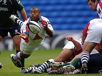 2005/06 Guinness Premiership Rugby, London Irish vs Bristol Rugby; Bristol Scrum half Jacab Rauluni clears the ball from the back of the scrum. Madejski Stadium, Reading, ENGLAND 24.09.2005   © Peter Spurrier/Intersport Images - email images@intersport-images..