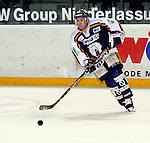 Eishockey DEL 1.Bundesliga 2002/2003 Nuernberg (Germany) Nuernberg IceTigers - Eisbaeren Berlin (1:4) Mark BEAUFAIT (Eisbaeren) am Puck