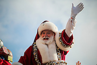 Santa Claus greets to the people during the 89th Macy's Thanksgiving Annual Day Parade in the Manhattan borough of New York.  11/26/2015. Eduardo MunozAlvarez/VIEWpress