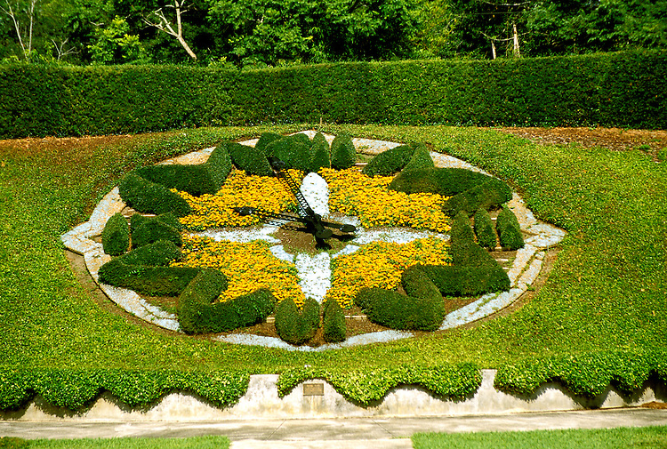 Florida: Orlando, Leu Gardens, floral clock. Photo: orland104.Photo copyright Lee Foster, www.fostertravel.com , 510/549-2202, lee@fostertravel.com