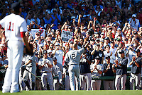 Derek Jeter #2 of the New York Yankees acknowledges the crowd following his final at-bat and hit of his career against the Boston Red Sox in the third inning at Fenway Park on September 27, 2014 in Boston, Massachusetts. (Photo by Jared Wickerham for the New York Daily News)
