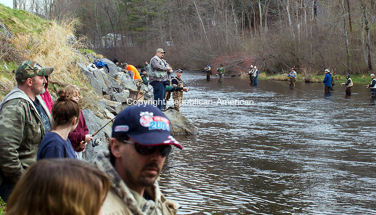 Attacked by a king salmon page 3 for Farmington river fishing