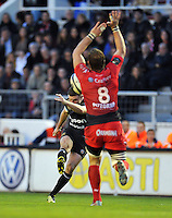 George Ford of Bath Rugby kicks a drop goal. European Rugby Champions Cup match, between RC Toulon and Bath Rugby on January 10, 2016 at the Stade Mayol in Toulon, France. Photo by: Patrick Khachfe / Onside Images