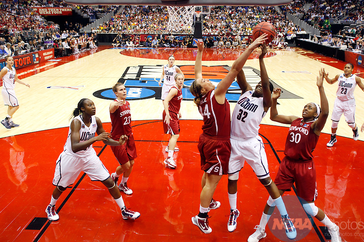 06 APR 2010:  Kalana Greene (32) of the University of Connecticut puts up a shot against Joslyn Tinkle (44) of Stanford University during the Division I Women's Basketball Championship held at the Alamodome in San Antonio, TX.  Connecticut defeated Stanford 53-47 for the national title.  Jamie Schwaberow/NCAA Photos