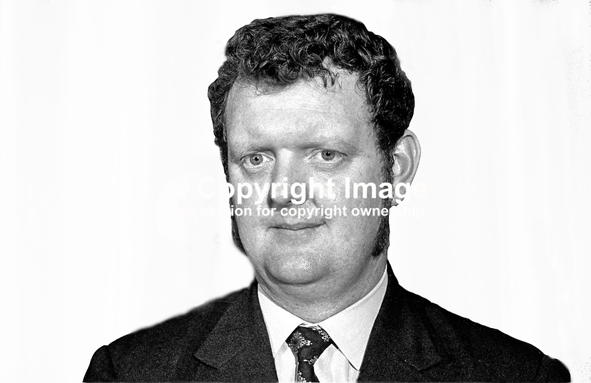 Fred Proctor, candidate, N  Belfast, DUP, in N Ireland Assembly Election. 197306000406..Copyright Image from Victor Patterson, 54 Dorchester Park, Belfast, UK, BT9 6RJ..Tel: +44 28 9066 1296.Mob: +44 7802 353836.Voicemail +44 20 8816 7153.Skype: victorpattersonbelfast.Email: victorpatterson@mac.com.Email: victorpatterson@ireland.com (back-up)..IMPORTANT: If you wish to use this image or any other of my images please go to www.victorpatterson.com and click on the Terms & Conditions. Then contact me by email or phone with the reference number(s) of the image(s) concerned.