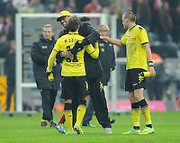 FUSSBALL   1. BUNDESLIGA  SAISON 2011/2012   13. Spieltag  19.11.2011 FC Bayern Muenchen - Borussia Dortmund         SCHLUSSJUBEL Dortmund; Trainer Juergen Klopp (Mitte) umarmt Mario Goetze (li)