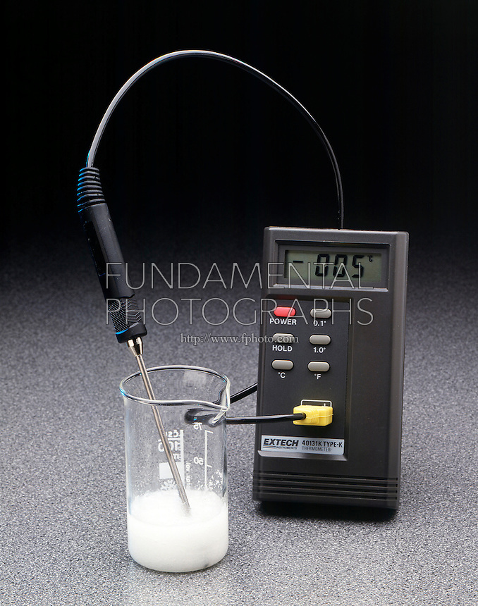 ENDOTHERMIC REACTION: Ba(OH)2.8H2O &amp; NH4SCN<br /> Barium Hydroxide and Ammonium Thiocyanate<br /> The solids barium hydroxide &amp; ammonium thiocyanate are mixed at room temperature. The temperature drops to below zero deg C. in the endothermic reaction:  Ba(OH)2.8H2O(s) + 2NH4SCN(s) -&gt; Ba(SCN)2.2H2O(s) + 2NH3(aq) + 8H2O.